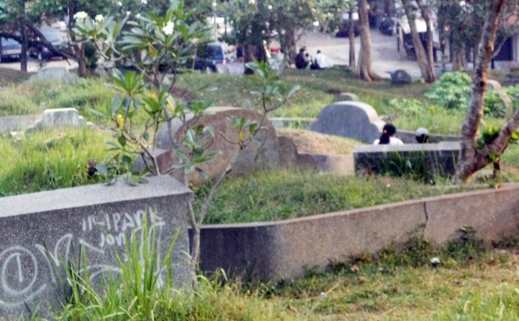 WACANA : DKP mulai mewacanakan penataan makam agar tidak menggunakan pusara karena kerap disalahgunakan. Foto: Iyaz/Pojoksatu.id