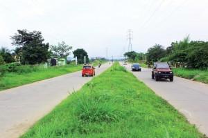 RAMAI: Jalur R3 mulai ramai digunakan warga sebagai jalur alternatif menghindari kemacetan Jalan Pajajaran.
