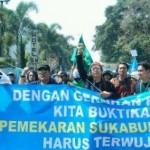 Warga Kabupaten Sukabumi saat gelar deklarasi percepatan pemekaran
