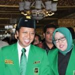 Ketua Umum PPP Romahurmuziy bersama Ade Munawaroh Yasin (ist)