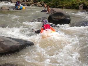 Sungai Ciherang yang selama ini dipergunakan untuk wisata air.