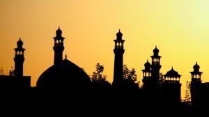 gabungan ojek dan becak di Banjar bakti sosial bangun masjid (ilustrasi)