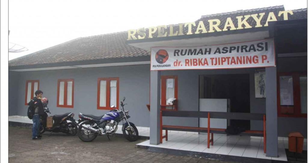 MASALAH IZIN: Tak nampak aktivitas apapun di RS Pelita Rakyat Sukabumi ini. RS ini tak lagi beroperasi sebab tak mendapatkan perpanjangan izin dari Pemkot Sukabumi.