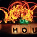 Earth Hour Depok kembali melakukan aksinya di Taman Lembah Gurame, Depok, Sabtu (25/3). Kegiatan ini dibuka langsung oleh Walikota Depok Muhammad Idris. Aksi utama Selebrasi Earth Hour Depok ini adalah mematikan lampu selama satu jam dan langsung diisi dengan berbagai acara oleh komunitas yang hadir dalam kegiatan itu.