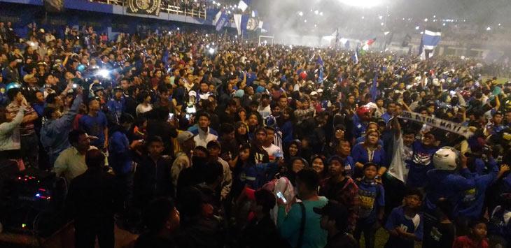 Suasana perayaan hari jadi Persib Bandung ke 84