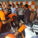 Mayat pria ditemukan di sebuah mobil daihatsu xenia di Cicendo Bandung