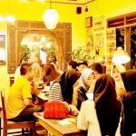 KULINER : Beberapa pengunjung yang datang ke Waroeng Botram.