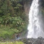 MINIM PENGUNJUNG: Wisata air terjun Cibereum di Cibodas terpantau sepi di hari libur Nyepi, Selasa (28/3)