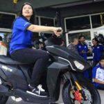 Tampilan Moto listrik Gesits buatan Indonesia. Foto via Jawapos