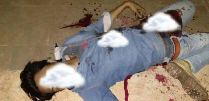 Korban pembunuhan yang mengalami luka tusukan di sekujur tubuhnya bernama Firdaus Ahmad Ghozali, ditemukan dini hari tadi oleh warga. Polisi langsung ke TKP dan mengejar para pelaku