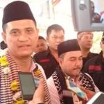 Pasangan perseorangan Zaenal Arifin dan Luthfi Bamala saat diwawancara sejumlah media beberapa waktu lalu usai daftar ke KPU Purwakarta
