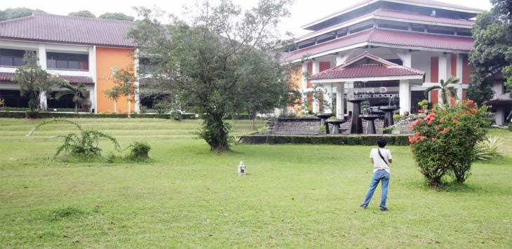 REHAB: Gedung DPRD Kabupaten Bogor di Cibinong bakal kembali direhab.