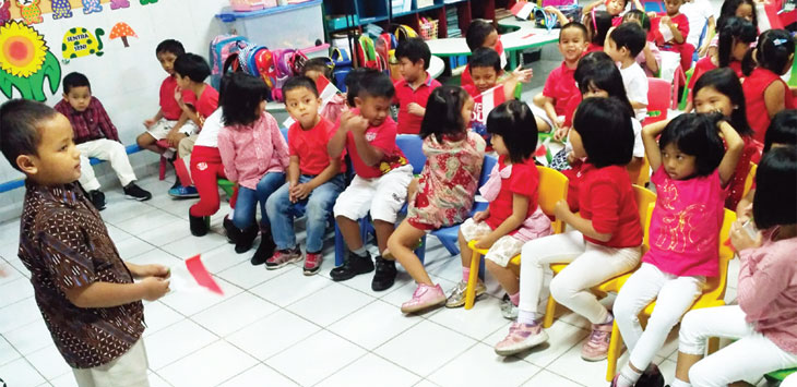 LUCU BANGET: Aktifitas murid-murid PAU D Dikmas di salah satu lembaga di Kota Depok. Irwan/Radar Depok