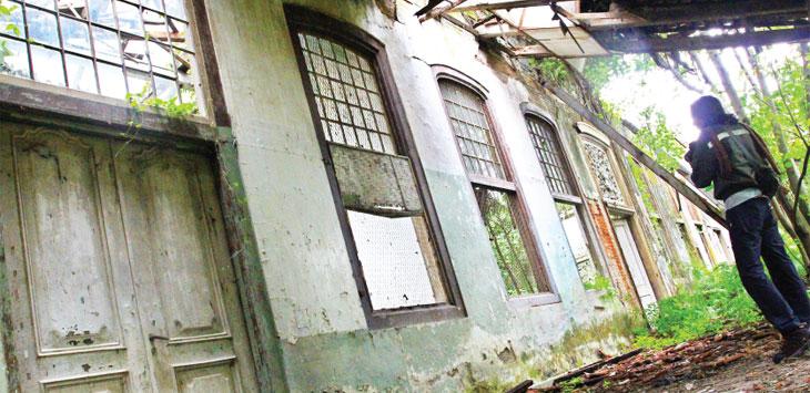 Bangunan yang dibangun abad ke-18 bernama Rumah Cimanggis di kawasan lahan RII di kawasan Kecamatan Sukmajaya. Ahmad Fachry/Radar Depok