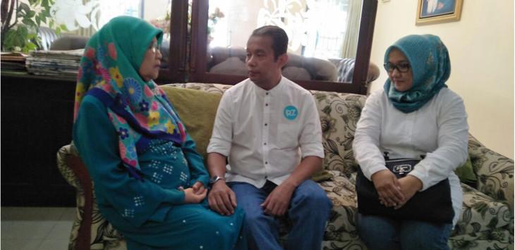 Zaenul Mutaqin Minta Restu Ibunya./Foto: Humas PPP