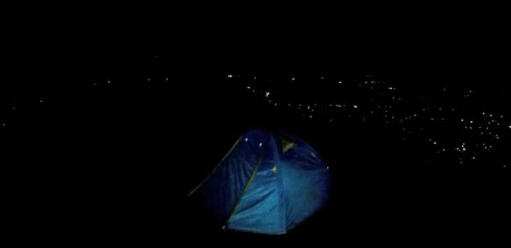 Pemandangan Malam Hari Kota Bogor Bisa Dinikmati Saat Berkemah di Bukit Alesano./Sumber: Youtube Christian Haryanto