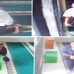 KENA DEH: Seorang pria berkacamata mengenakan kemeja putih sedang berupaya merusak gembok kotak amal untuk mengambil isi kotak amal Masjid Al- Mukhlisin, Perumahan Sawangan Regensi, Kelurahan Bedahan, Sawangan. Ist
