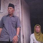 SEBATANGKARA: Nenek Uwe (84) warga Kampung Kandangsapi puluhan tahun hidup sebatangkara di gubuk reyod.