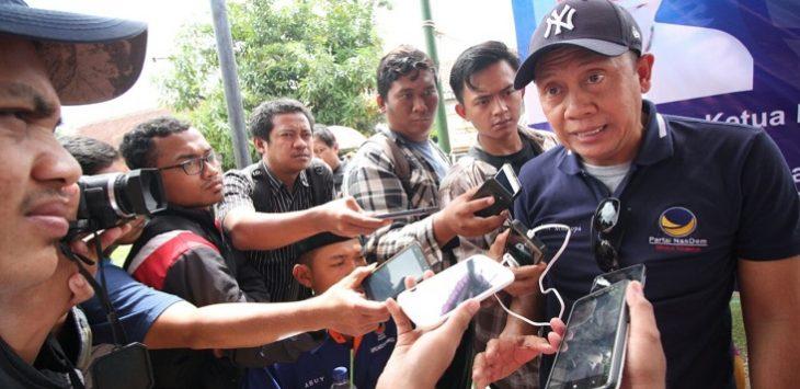 Ketua DPW Partai Nasdem Jawa Barat Saan Mustopa saat diwawancara wartawan di Kabupaten Bekasi.Istimewa