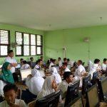 Pelajar SMPN 8 Kota Cirebon sedang melaksanakan simulasi UNBK (Ujian Nasional Berbasis Komputer). Foto: Alwi/pojokjabar.com.