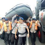 Persiapan jajaran detesemen C plopor Sat Brimob Polda Jawa Barat, membantu pencarian korban tengelam. Foto: Dede/pojokjabar.com