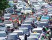 PERLU DIBENAHI: Sejumlah kendaraan terjebak kemacetan di Jalan Margonda Raya, Kota Depok. Masalah kemacetan tersebut sampai saat ini masih belum bisa diatasi oleh pemerintah kota, walaupun sudah dengan berbagai cara untuk mengatasi hal tersebut. Usulan dari sejumlah pihak diperlukan pembenahan di titik-titik kemacetan. Ahmad Fachry/Radar Depok
