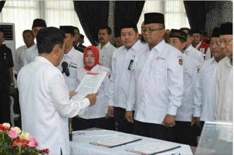 H.Lalam Martha Kusuma, SE, MS.i  kembali dilantik sebagai ketua PMI Purwakarta.