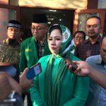 Wakil Sekretaris Tim Pemenangan Pilgub Jabar Pasangan RINDU saat diwawancara wartawan.Enriko/Pojoksatu