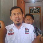Ketua KPU Kota Cirebon, Emirzal Hamdani,