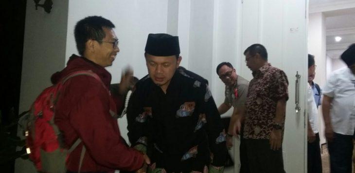 Bima Arya Sugiarto bersama keluarga secara resmi meninggalkan rumah dinasnya.