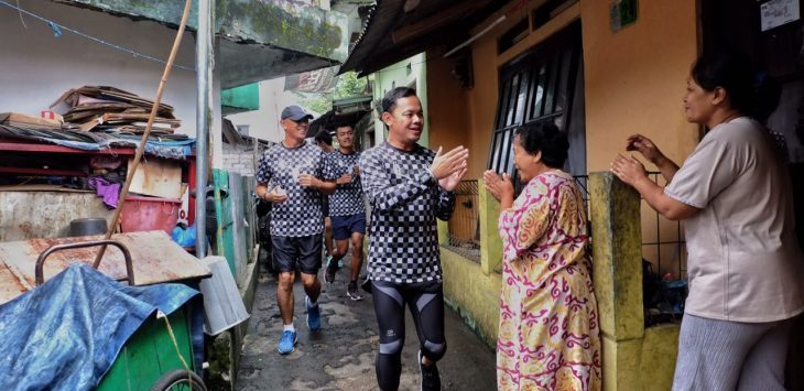 Petahana Bima Arya menyapa warga./Foto: Istimewa