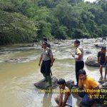 Dua mahasiswa IPB, Dandi Firdaus dan Fadli Zikri, tewas tenggelam di Sungai Ciapus, Jalan Lengkeng, Kampus IPB Dramaga, Bogor.