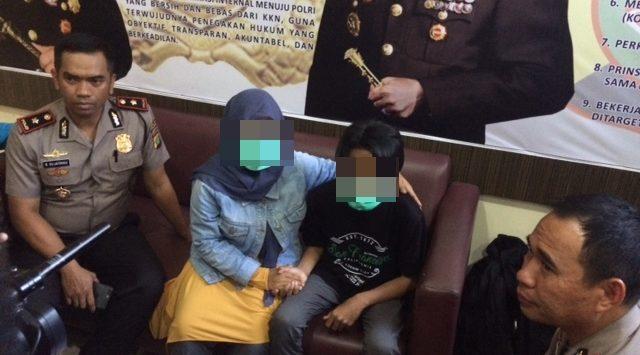 WN (14), korban penculikan dan pencabulan dipertemukan dengan keluarganya di Polres Metro Bekasi.Enriko/Pojokjabar