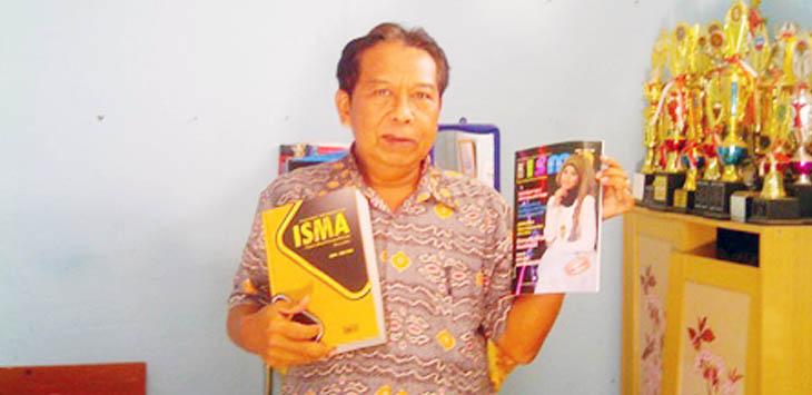 MAJALAH: Salah satu produk yang dihasilkan oleh Karya Ilmiah Jurnalistik (KIJ) MAN 1 Cianjur.