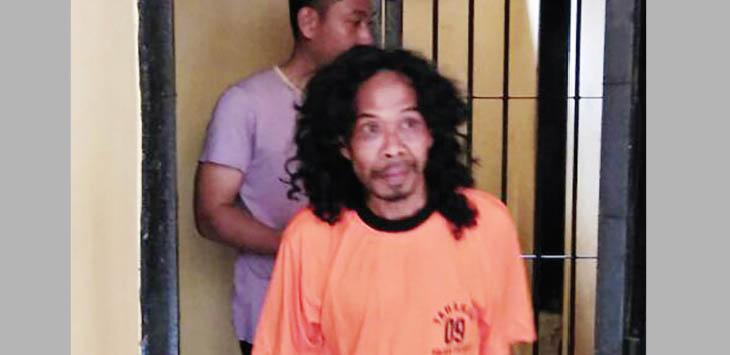 SEMPAT DITAHAN: Subarna (40) warga Kampung Cibalagung, Desa Cidahu, Kecamatan Cidahu diamankan Polsek Cicurug karena kedapatan masuk ke lingkungan Ponpes An-Nizhomiyyah Kampung Rawasikin, Desa/Kecamatan Cirucug.