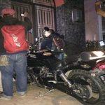 Motor Harley Davidson milik artis Rizal Djibran diparkir di depan rumahnya.Enriko/Pojokjabar