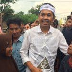 Calon Wakil Gubernur Jawa Barat Dedi Mulyadi saat menyapa warga Cikarang Utara.Enriko/Pojokjabar