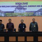 Sekda Kabupaten Bekasi Uju membuka sosialisasi pemilihan Gubernur dan Wakil Gubernur Jawa Barat Tahun 2018. Foto : Humas Pemkab Bekasi for Pojoksatu
