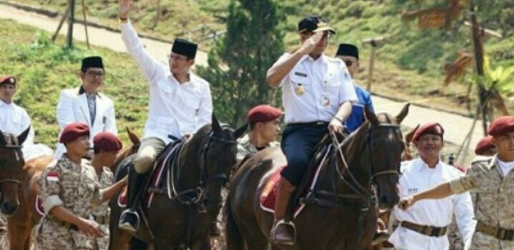 Gubernur DKI Anies Baswedan dan Eks Wakil Gubernur Sandiaga Uno./Foto: jpc