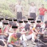 Puluhan pelajar SMP dan MTs Gunungguruh berseragam penuh coretan diamankan anggota Polsek Palabuhanratu