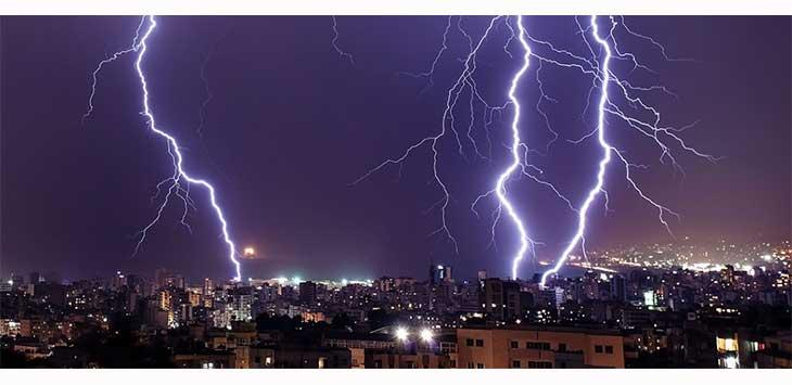 Ilustrasi Hujan petir