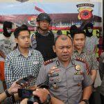 Kapolres Bogor, AKBP bersama Kasat Reskrim memberikan keterang terkait kasus Curas dan Pembacokan, Selasa (22/05/2018), Foto/istimewa