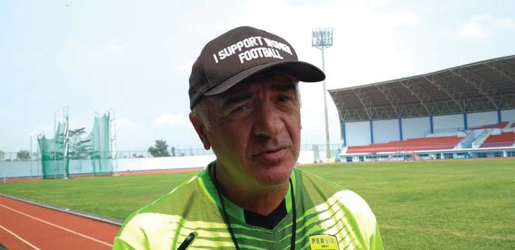 Mario Gomez Pelatih Persib Bandung.