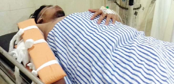 Salah satu korban mengalami luka bacok akibat diserang kelompok pelajar lainnya. Ist