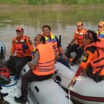Polisi Tinjau Sungai Citarum
