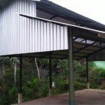 BELUM BEROPERASI: Pasar Desa Naringgul, Kecamatan Naringgul yang menghabiskan anggaran Rp488.490.000 hingga kini masih belum beroperasi. Padahal, proses pembangunan pasar sudah selesai sepenuhnya.
