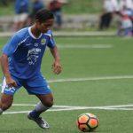 LATIHAN: Pemain muda Persib Agung Mulyadi saat menjalani latihan bersama tim senior Maung Bandung. Ist