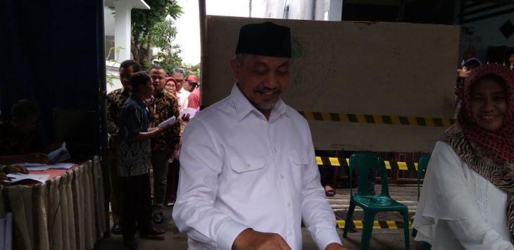 Ahmad Syaikhu di TPS
