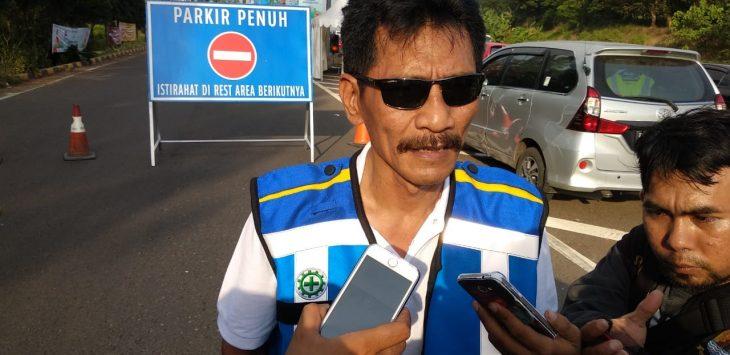 Agus Hartoyo, Traffic Management Manager PT Jasa Marga Tol Palikanci saat memberikan keterangan. Foto: Alwi