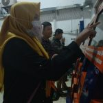 Customer Servis stasiun KA Cirebon. Foto: Alwi
